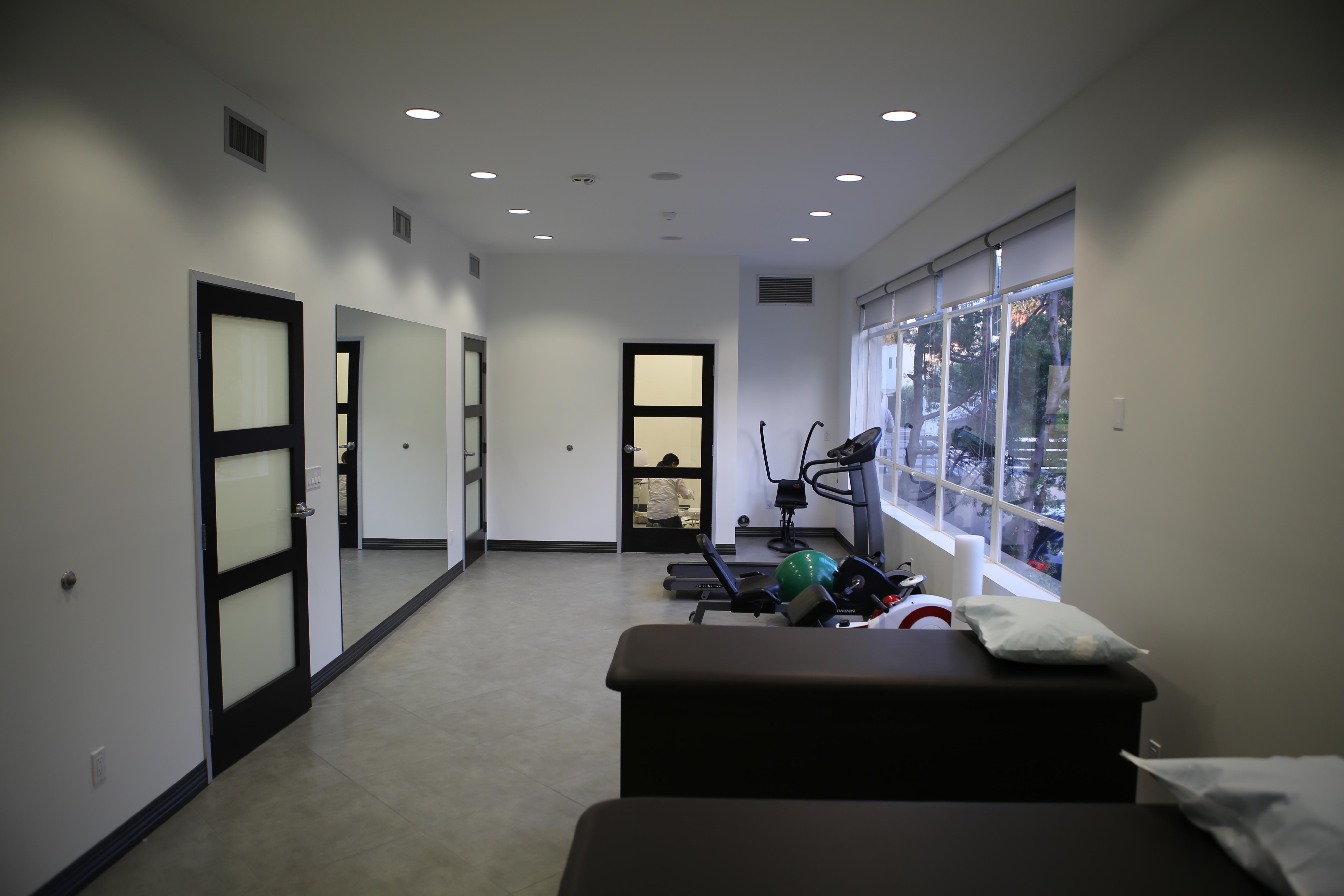 IMG 0363 Weho Clinic Photos